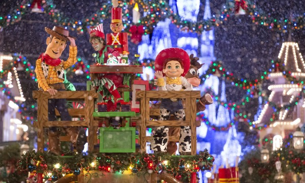 disney-christmas-parade