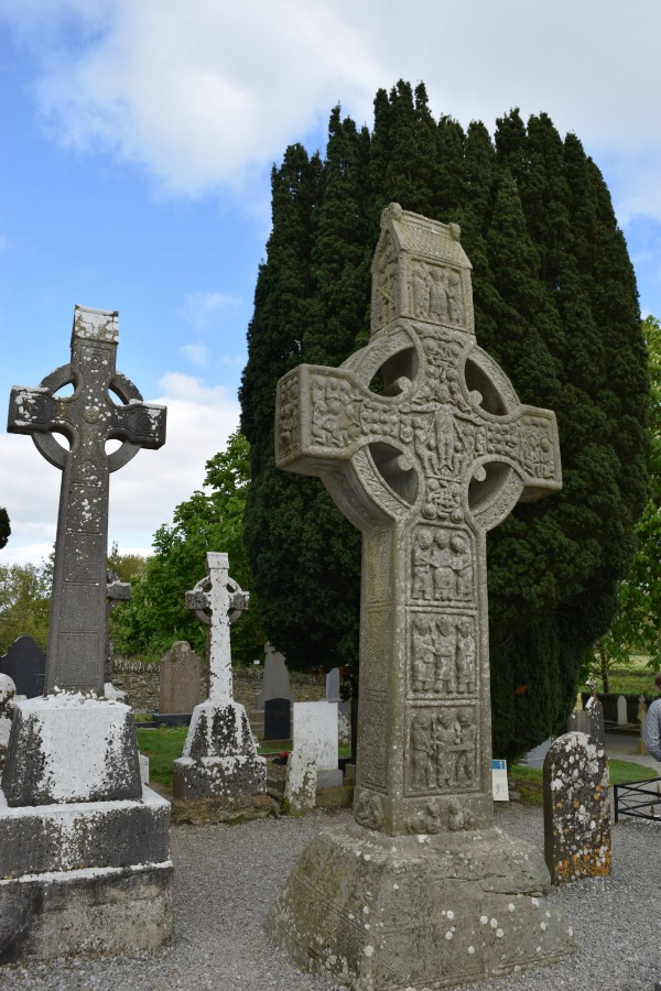 celtic-crosses