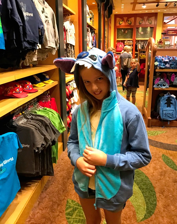 disney-springs-shopping-with-kids